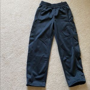 Boys Nike pants size M